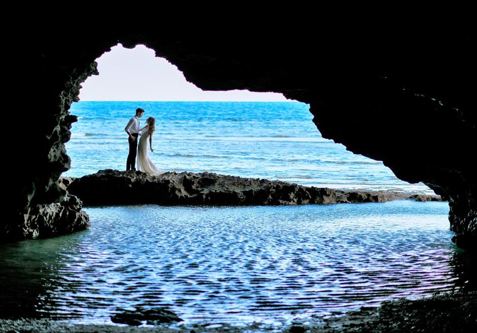 沖縄石垣島フォト・ウェディング/ Ishigaki Island Okinawa Blue Grotto Photo Wedding/ 青の洞窟/挙式前撮影