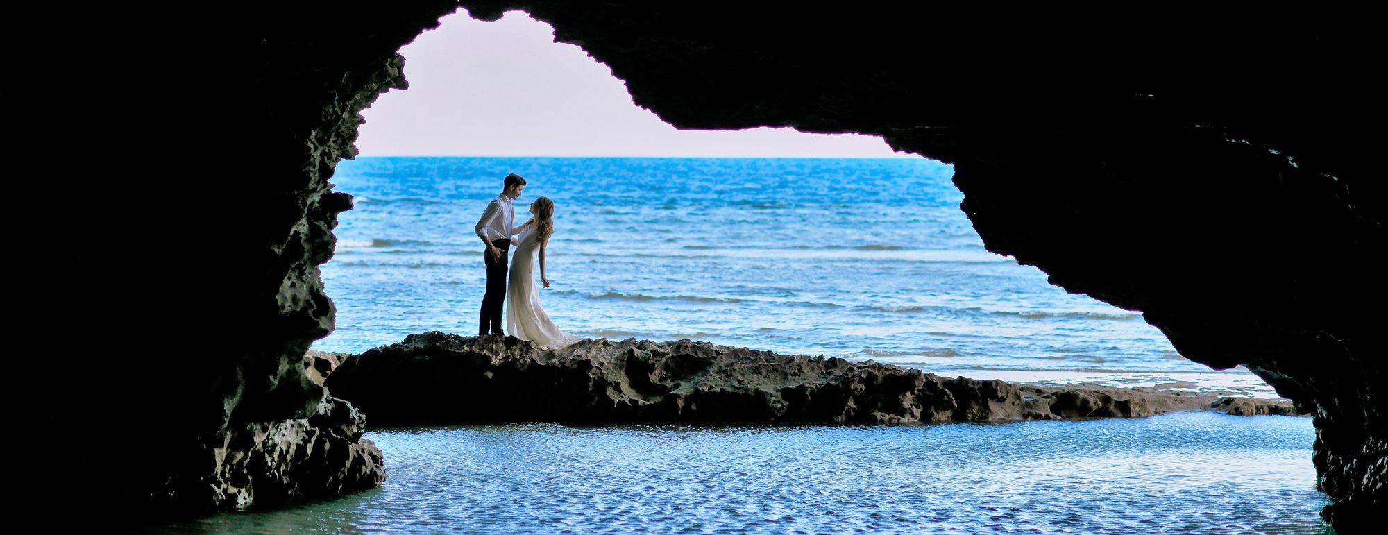沖縄石垣島フォト・ウェディング Ishigaki Island Okinawa Blue Grotto Photo Wedding 青の洞窟 挙式前撮影