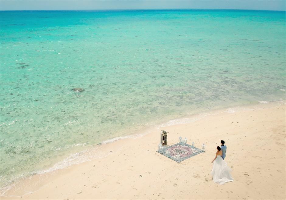 沖縄小浜島近海ビーチ・ウェディング/ Kohama Phantom Island Okinawa Beach Wedding/ 幻の島挙式