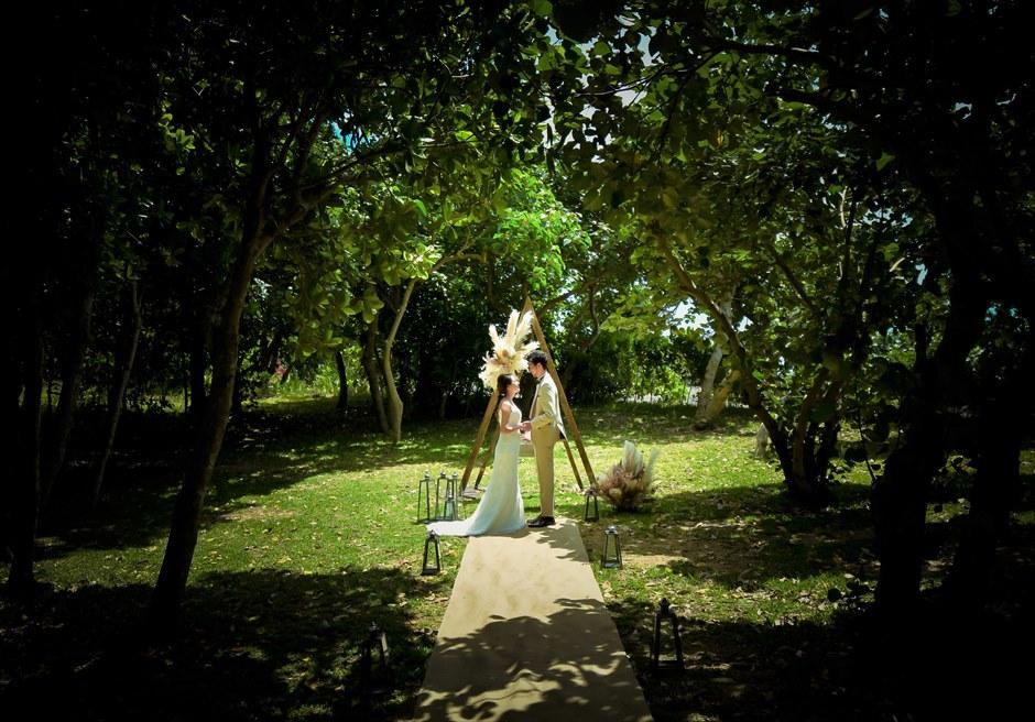 沖縄石垣島ガーデン・ウェディング/ Ishigaki Island Okinawa Ishigaki Resort Hotel Garden Wedding/ 石垣リゾートホテル挙式
