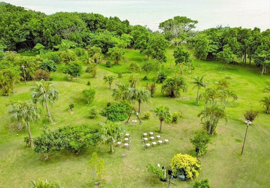 石垣リゾートホテル・沖縄結婚式 トロピカル・ガーデン・ウェディング 挙式会場&ガーデン全景