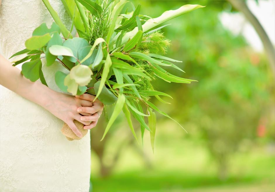石垣リゾートホテル・沖縄結婚式 トロピカル・ガーデン・ウェディング 各種生花のブーケ&ブートニア承ります
