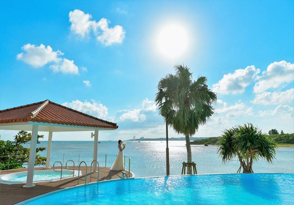 石垣リゾートホテル・フォトウェディング広大な海を望むインフィニティ・プール