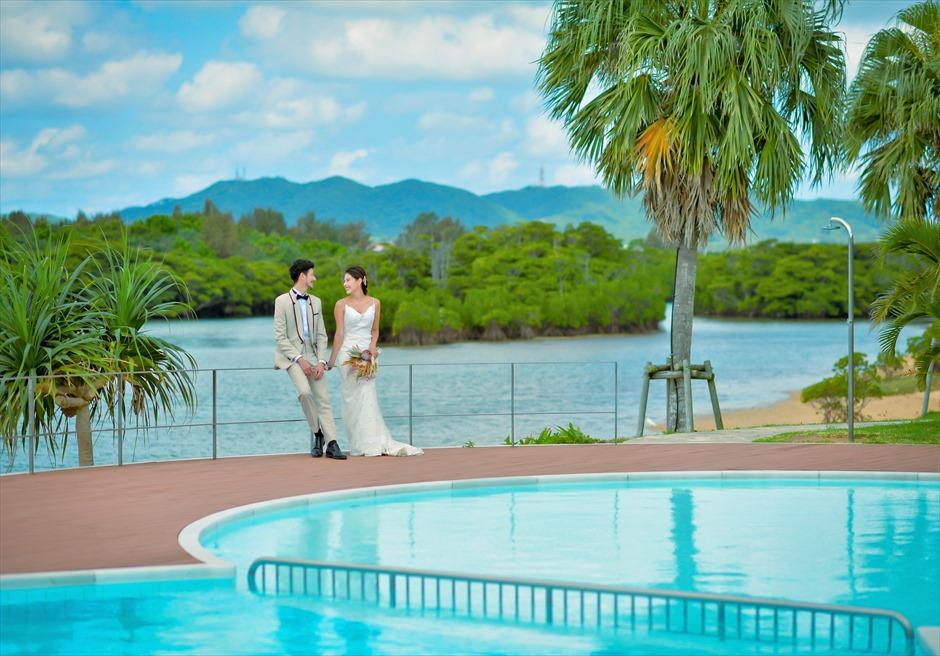 石垣リゾートホテル・フォトウェディング宮良川を望むインフィニティ・プール
