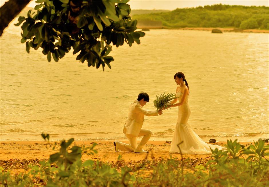 石垣リゾートホテル・フォトウェディングビーチにて挙式後撮影
