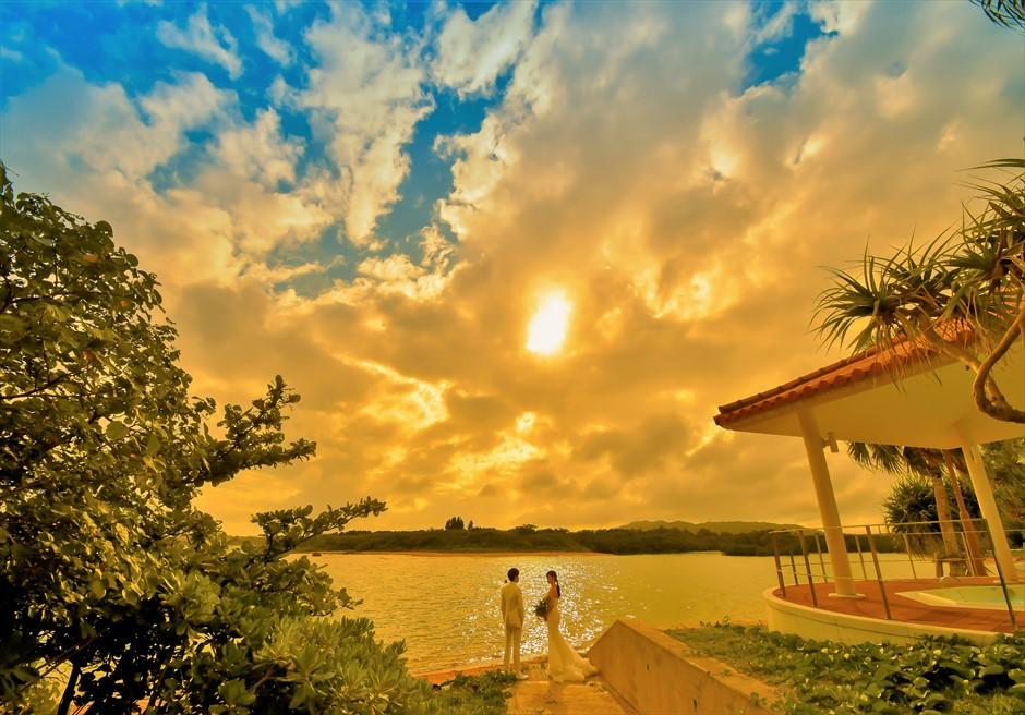 石垣リゾートホテル・フォトウェディングビーチにてサンセット撮影