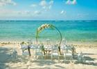 コーラル・テラス石垣島・沖縄結婚式│ビーチ・ウェディグ・パーティー│目の前に青々とした海が広がる白砂上の披露宴