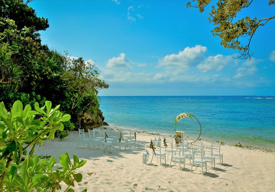 コーラル・テラス石垣島・沖縄結婚式│シークレット・ビーチ・ウェディング│きめ細かい白砂が広がる美しいビーチ