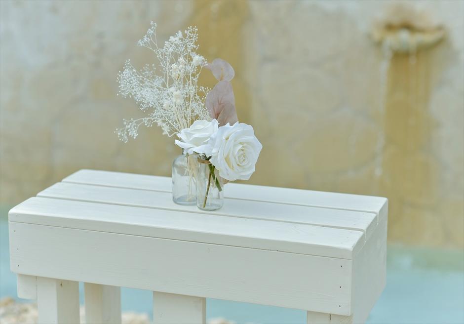 コーラル・テラス石垣島・沖縄結婚式│コーラル・チャペル・ウェディング│祭壇生花装飾
