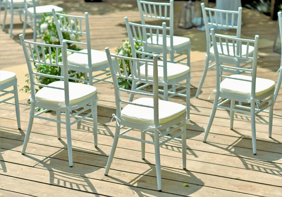 沖縄・石垣島コーラル・テラス結婚式 ラグジュアリー・デッキ・ウェディング ホワイト・ティファニーチェア