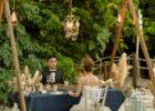コーラル・テラス石垣島・沖縄結婚式 テラス・ロマンティックディナー トライアングルアーチ&シャンデリア&フラワー装飾