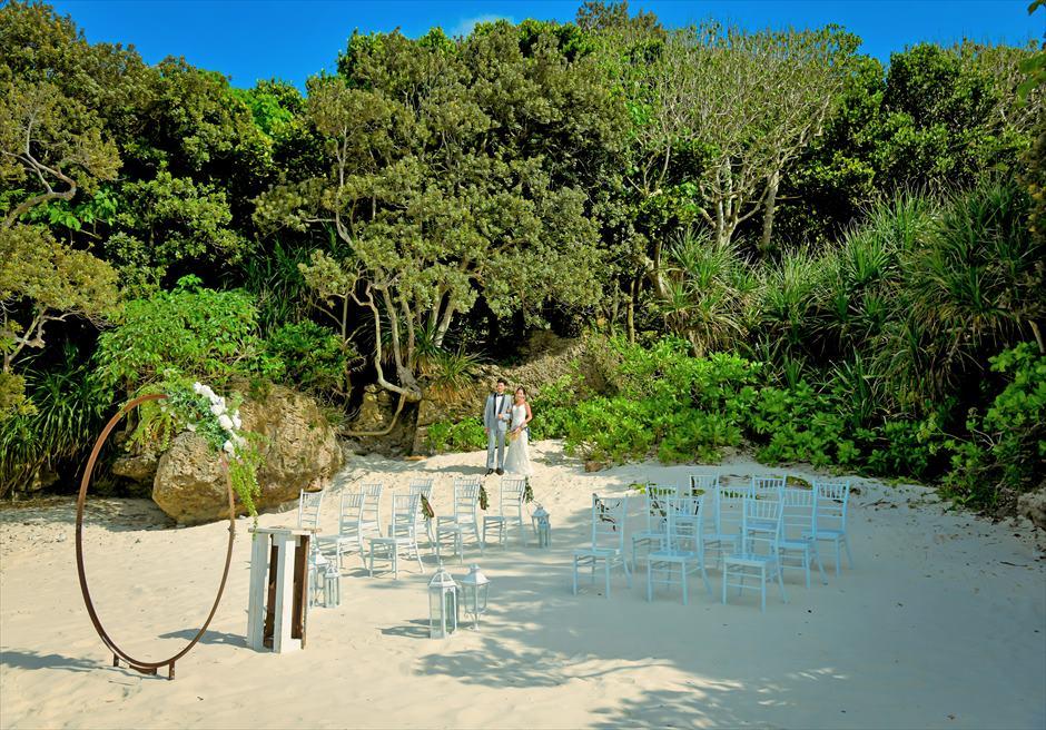 コーラル・テラス石垣島・沖縄結婚式│シークレット・ビーチ・ウェディング│リゾートよりジャングルを抜けて入場