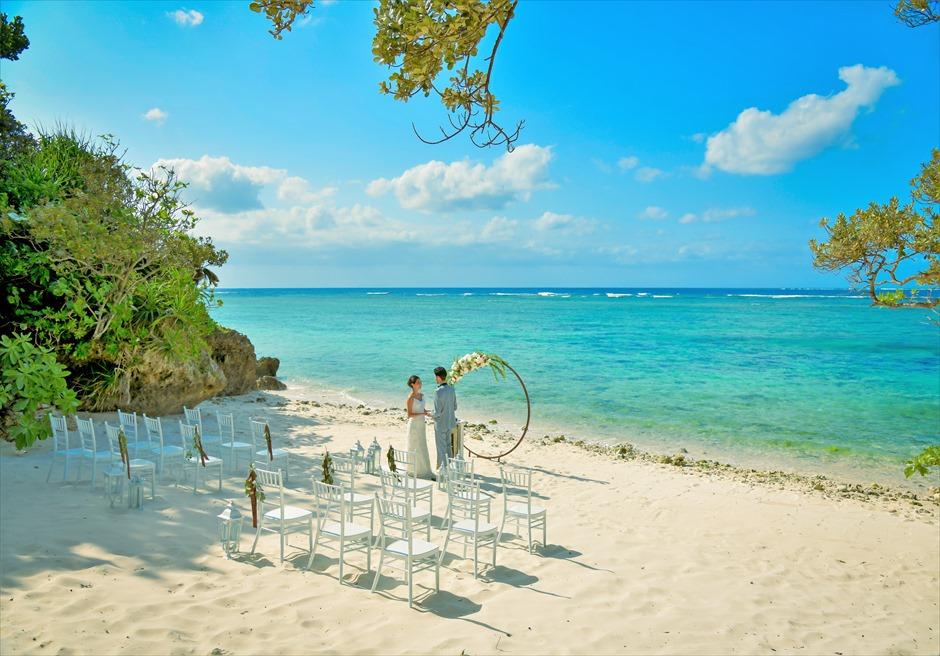コーラル・テラス石垣島・沖縄結婚式│シークレット・ビーチ・ウェディング│石垣島随一に美しいビーチ挙式