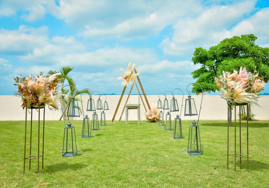 海邦フサキ石垣島・沖縄結婚式 オーシャンフロント・ヴィラ・ガーデン挙式 挙式会場装飾