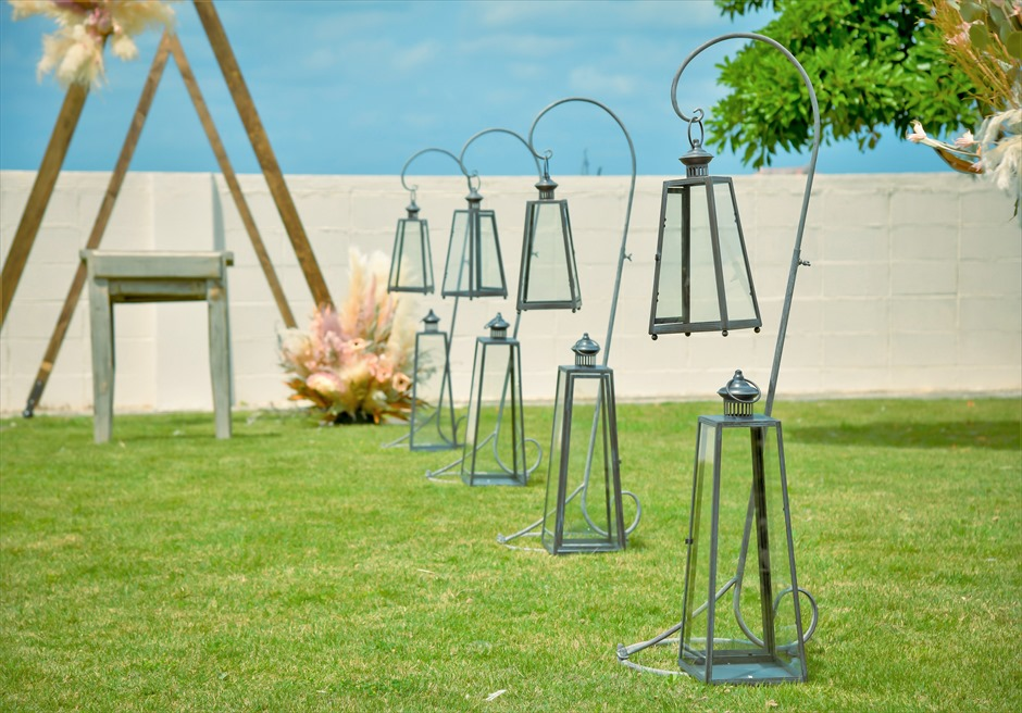 海邦フサキ石垣島・沖縄結婚式 オーシャンフロント・ヴィラ・ガーデン挙式 クラシック・ランタン装飾