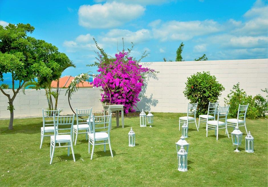 海邦フサキ石垣島・沖縄ヴィラ・ウェディング オーシャンフロント・フラワー・ガーデン挙式 挙式会場装飾