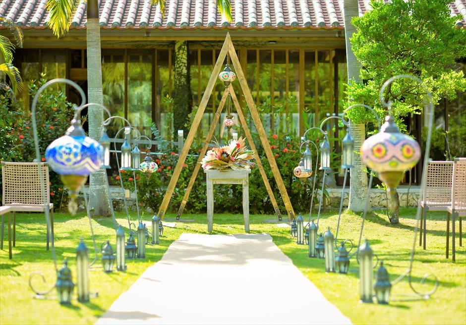 舟蔵の里・石垣島・沖縄結婚式 琉球古民家ガーデン・ウェディング 挙式会場装飾