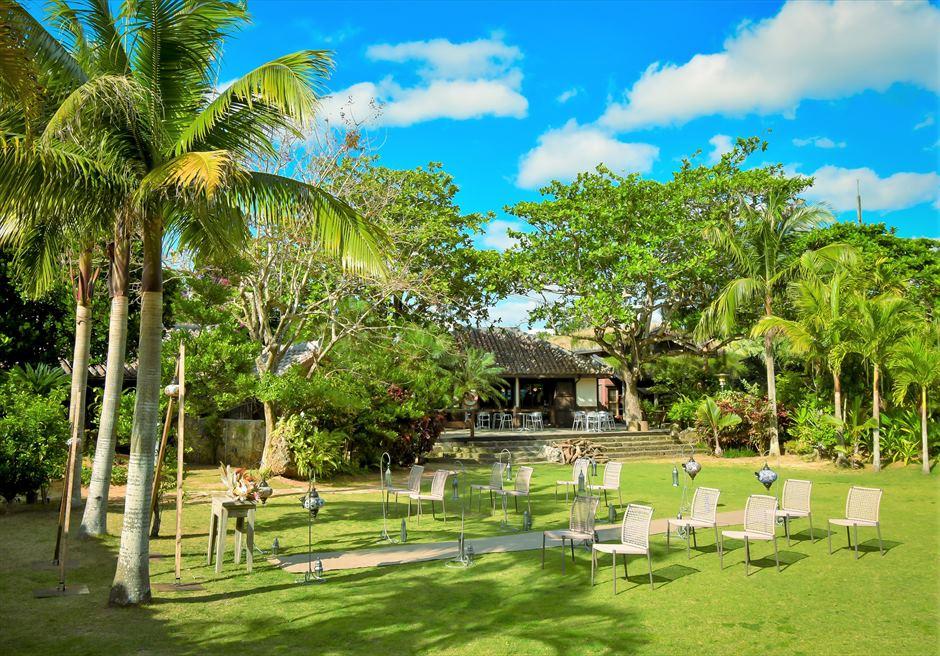 舟蔵の里・石垣島・沖縄結婚式 琉球古民家ガーデン・ウェディング 熱帯雨林が生い茂る美しいガーデン