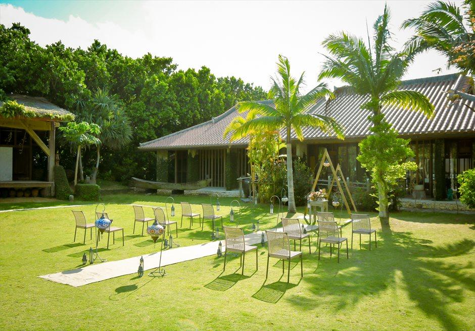 舟蔵の里・石垣島・沖縄結婚式 琉球古民家ガーデン・ウェディング 緑深い森に囲まれた古民家