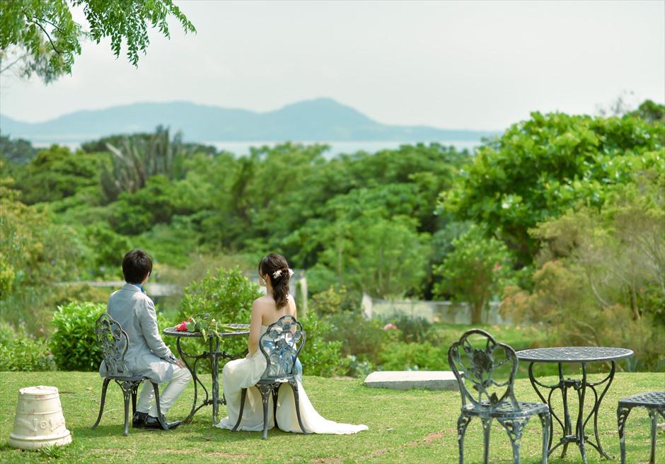 ハーブ・ガーデンPANA石垣島・沖縄川平湾方面の美しい景色を一望する