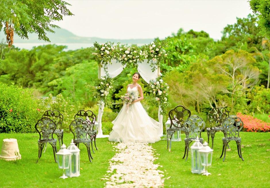 ハーブ・ガーデン・パナ石垣島沖縄結婚式│ヒーリング・ウェディング│絵画のような挙式