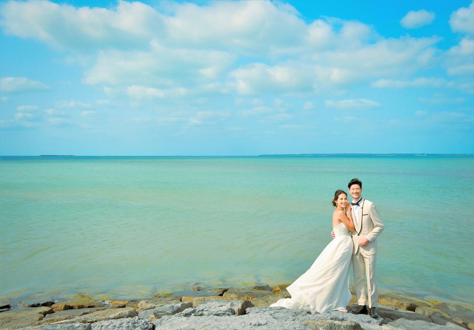 ホテル・ロイヤル・マリン・パレス石垣島パークガーデン前オーシャンにて挙式前撮影