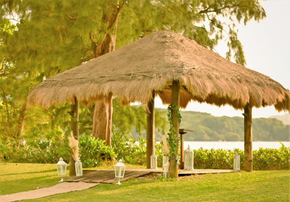 石垣シーサイドホテル・沖縄結婚式 ビーチフロント・ガゼボ・ウェディング デイタイム・挙式会場