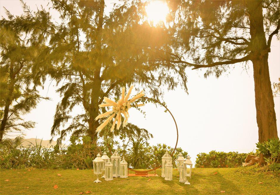 石垣シーサイドホテル・沖縄結婚式│ビーチフロント・ガーデン・ウェディング│サンセット時挙式会場