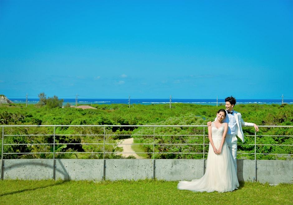西表島ジャングル・ホテル・パイヌマヤ海を望むルーフトップ・フォトウェディング
