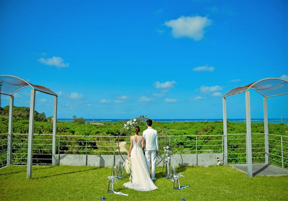 西表結婚式・ジャングル・ホテル・パイヌマヤ オーシャンビュー・ルーフトップ・ガーデン 遮るものがない絶景ウェディング