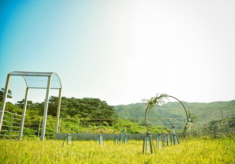 ジャングル・ホテル・パイヌマヤ西表島挙式 ルーフトップ・ガーデン・ウェディング 高台に位置する美しいガーデン