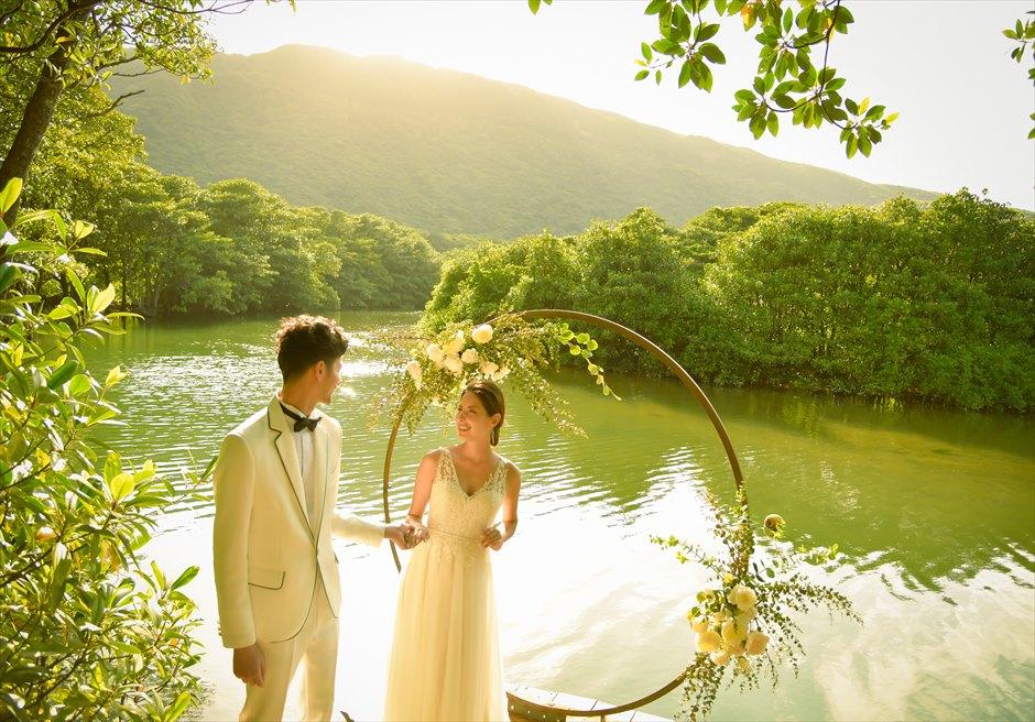 ジャングル・ホテル・パイヌマヤ西表島結婚式 マングローブ・ウェディング サンセット 広大なマングローブ・リバーを一望する絶景