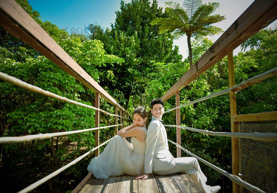 西表島ジャングル・ホテル・パイヌマヤジャングルを望む橋・フォトウェディング