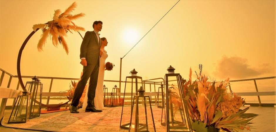 Ishigaki Yaeyama Islands Sunset Cruising Wedding