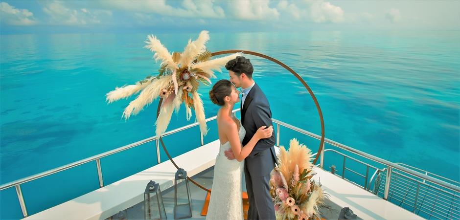 Ishigaki Yaeyama Islands Cruising Wedding