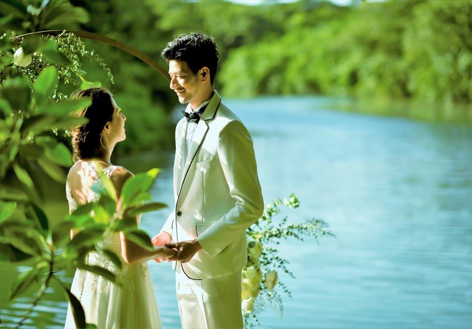 ジャングル・ホテル・パイヌマヤ西表島結婚式 マングローブ・ウェディング デイタイム 西表島ならではの景観を望む挙式