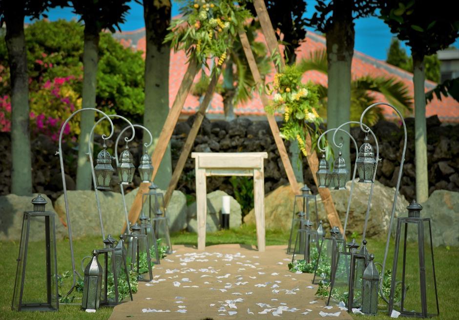 白保ノスタルジー・ガーデン石垣島沖縄結婚式 ヴィラ・ガーデン・ウェディング クラシック・ブラック・ランタン装飾