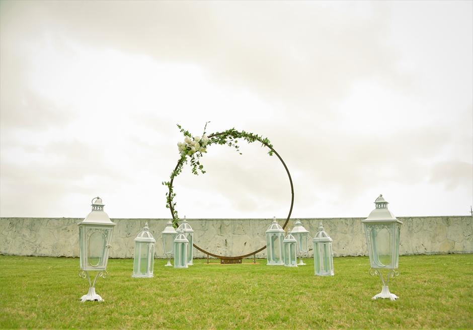 サンセット・ヒル石垣島・沖縄ヴィラ挙式 オーシャンビュー・ガーデン・ウェディング 完全プライベートな挙式シーン