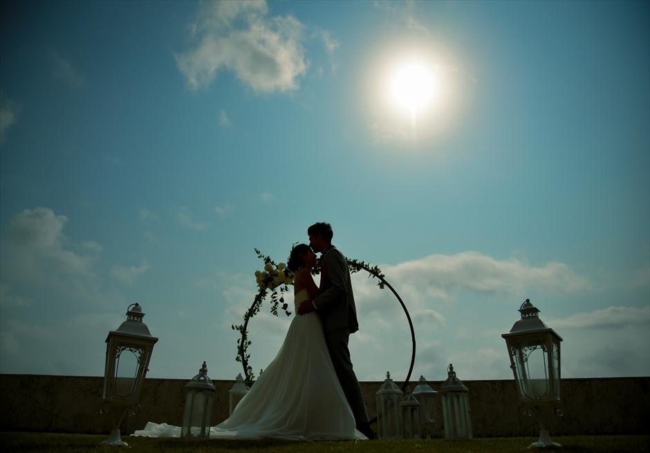 サンセット・ヒル石垣島・沖縄ヴィラ挙式 オーシャンビュー・ガーデン・ウェディング サンセット時には目の前に夕日を望む