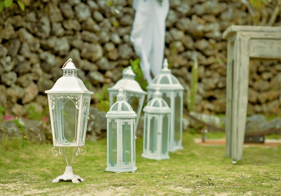 竹富島沖縄結婚式 古民家レストラン南潮庵 フローラル・ガーデン・ウェディング クラシック・ホワイト・ランタン