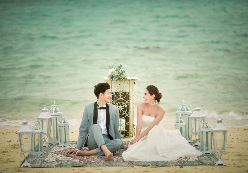 小浜島近海・幻の島 沖縄結婚式 マジックカーペット・ビーチウェディング 挙式後の神秘的なウェディングフォト