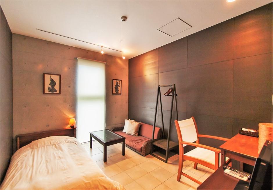 IZM/2階 寝室2(ダブルベッドルーム)
