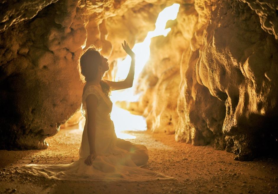 コーラル・テラス石垣島/ 青の洞窟フォトウェディング 洞窟内