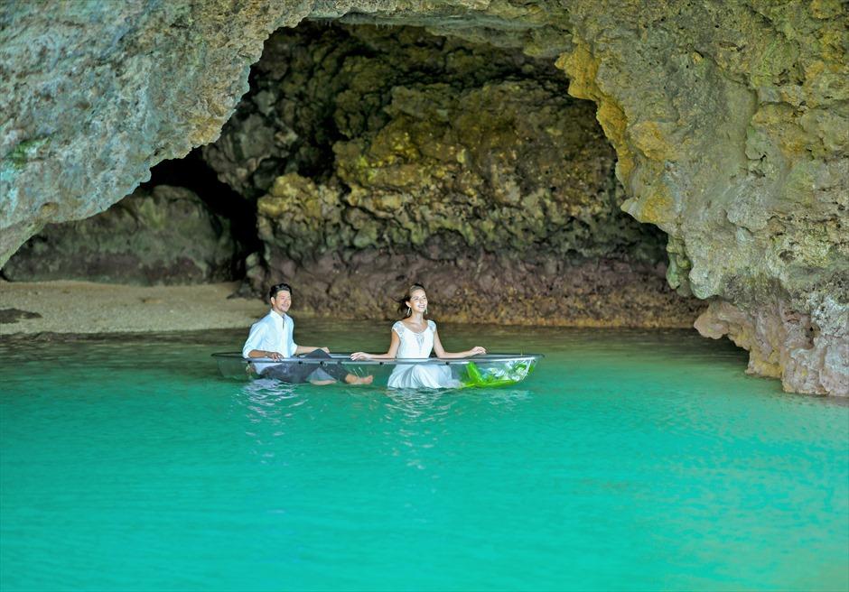 コーラル・テラス石垣島/ 青の洞窟フォトウェディング グラス・ボート