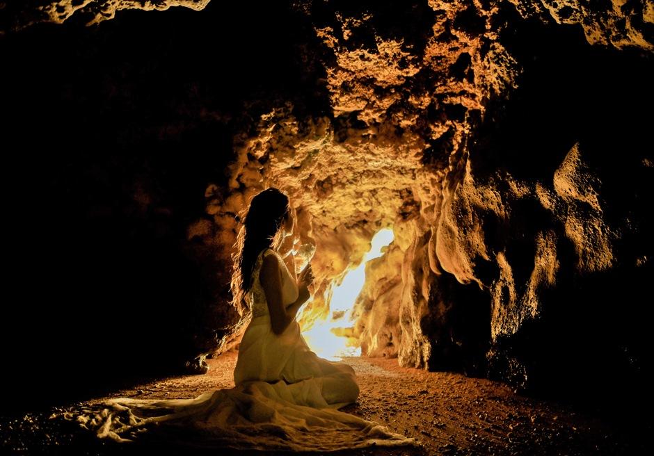 青の洞窟内 フォトウェディング