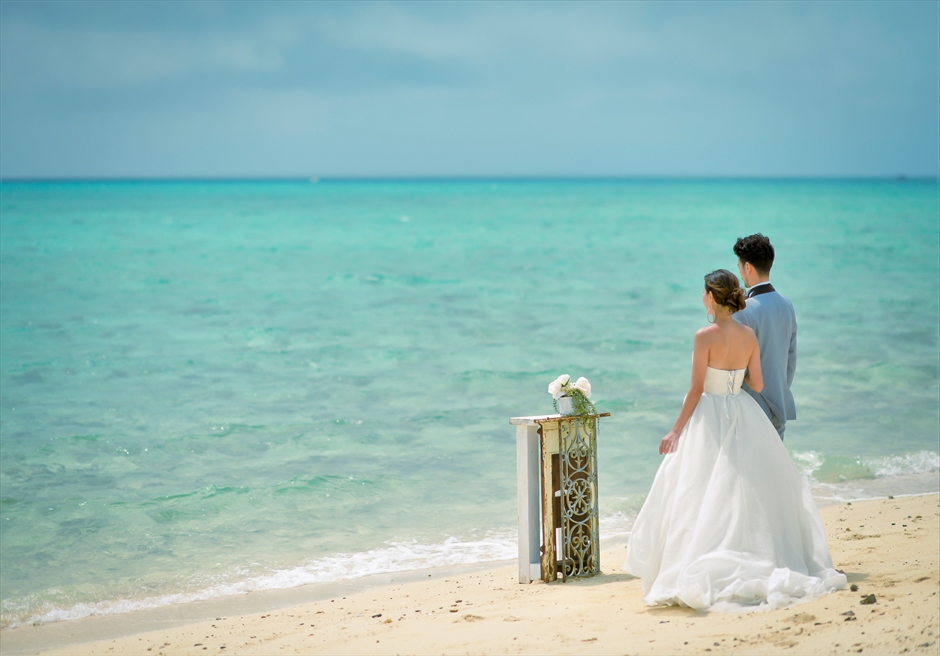 Phantom Island<br>Ceremony Photo Wedding