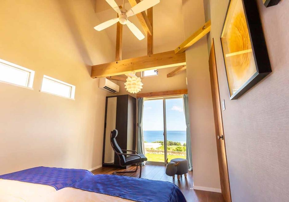 海と空 石垣島/ベッドルームからも石垣の海を見渡せます