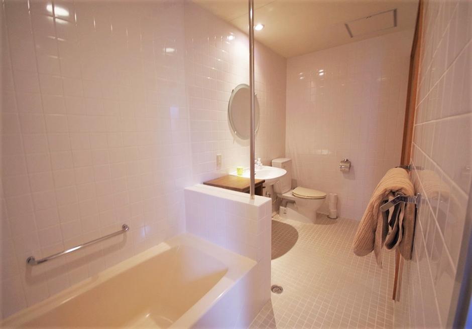 リゾート・イン・ヴィラ・ヤマバレ/バスルーム