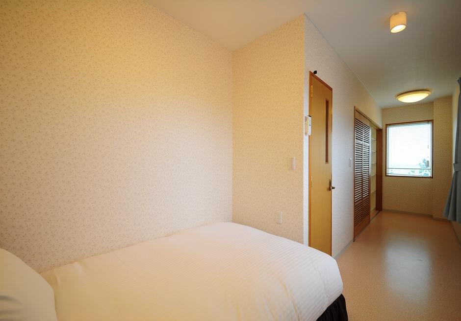 ホテル海邦フサキ/別館2階 シングルルーム
