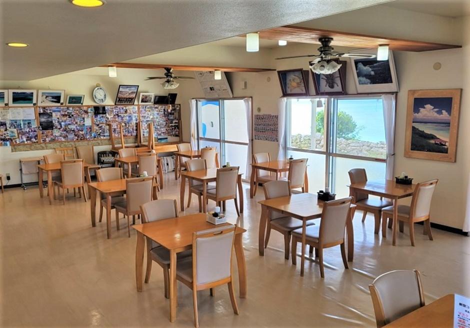 ペンション最南端/夕食・朝食会場レストラン